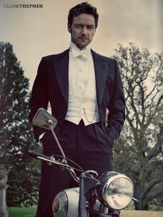Look! Строгий мужской стиль актера James McAvoy! 1