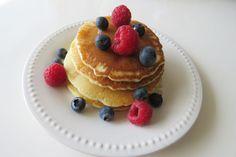PANCAKES Retrouvez cette sublime recette de pancakes sur le blog