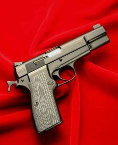 Novak Classic Custom Browning Hi-Power