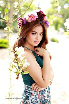 Bea Binene at 18 (pre-debut photos) Pre Debut Photoshoot, Photoshoot Ideas, Teen Celebrities, Celebs, Ideal Girl, Debut Ideas, Teen Beauty, Pinoy, Beautiful Asian Girls