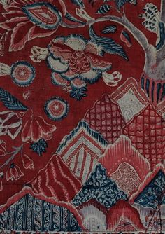 Indian chintz red ground Palampore circa 1700, the Karun Collection. palampore indiantextiles indian chintz    http://www.karuncollection.com