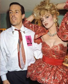 """Antony Price with the frothy looking gorgeous Jerry Hall - Antony Price's fashion store """"Stirling Cooper"""" was one of my favourites. 80s Fashion, London Fashion, Vintage Fashion, Antony Price, Jerry Hall, Master Tailor, Roxy Music, Catwalk Models, Stranger Things Steve"""
