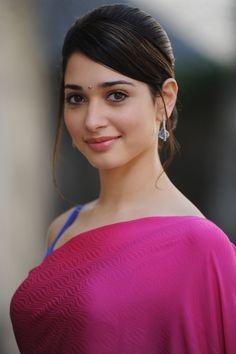 Milky White Beauty Tamanna Bhatia looks Very hot In Pink Saree Indian Celebrities, Bollywood Celebrities, Bollywood Actress, Most Beautiful Indian Actress, Beautiful Actresses, Beautiful Saree, Beautiful Women, Indian Beauty Saree, Indian Sarees