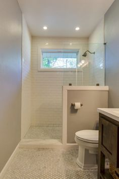 Gorgeous 80 Incredible DIY Bathroom Renovation Ideas https://cooarchitecture.com/2017/05/08/80-incredible-diy-bathroom-renovation-ideas/