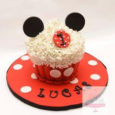 Mickey Mouse jumbo cupcake cake u Sugar Me Not Cakes