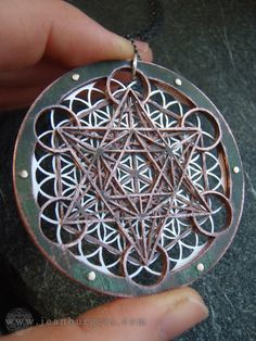 Large Metatron's Cube and Flower of Life por JeanBurgersJewellery, $770.00