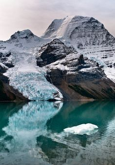Mt Robson, Berg Glacier and Berg Lake in Mt Robson Provincial Park, British Columbia.