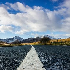 'Road To Snowdon' by Ian Mitchell Snowdonia National Park, Clear Lake, National Parks, Mountains, Travel, Viajes, Destinations, Traveling, Trips