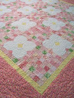 Dorky Homemade Quilts: Puakenikeni Baby Quilt