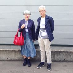 Gorgeous couple always wear matching outfits. This couple married for 37 years and always love to wear matching outfits. Mature Fashion, Fashion Couple, Dope Fashion, Fashion Over 40, Punk Fashion, Timeless Fashion, Matching Couple Outfits, Matching Couples, Cute Couples