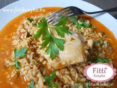 paprikás csirke bulgurral - Finom fogyókúrás receptek egészségesen! Hungarian Cuisine, Risotto, Curry, Rice, Ethnic Recipes, Food, Bulgur, Red Peppers, Curries