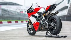 The Ducati 1299 Superleggera is the greatest expression of engineering, technology and performance ever put into mass production by a motorcycle manufacturer. This first …