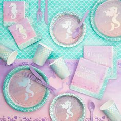 Iridescent Mermaid Party Birthday Party Supplies Kit 1 lunch plate 1 cake plate 1 tablecloth 2 napkins 1 shell plate Perfect for mermaid birthday parties Iridescent kit conveniently creates trendy party tablescape Third Birthday, 4th Birthday Parties, Birthday Party Decorations, Birthday Ideas, Happy Birthday, Mermaid Theme Birthday, Little Mermaid Birthday, Mermaid Parties, Mermaid Party Games