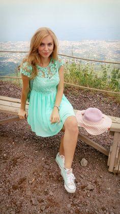 Cute mint green dress and Vesuv
