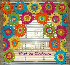 Window Valance Flower Valance Kitchen Curtain by KnotsaPlentybest Ideas for kitchen window valance projects They are mounted on a strip of crochet with holes, suitable to draw a rod through for hanging. Kitchen Window Valances, Kitchen Curtains, Window Curtains, Crochet Home, Hand Crochet, Cortina Floral, Crochet Minecraft, Flower Curtain, Flower Window