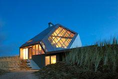 современный-загородный-дом-dune-от-marc-koehler-01