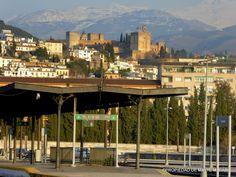 Que la fisonomía de nuestra estación de ferrocarril va a cambiar es toda una realidad, solo espero que, no se tiren esas casas que rodean la plaza de la Avenida de Andaluces ni el pequeño del Fielato!!!