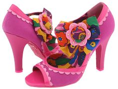 Seriously must have these shoes!  Luv'em