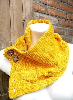 My design named Esperanza by Gabriela from the south, via Flickr Knitted this in handspun wool,  is cozy to wear