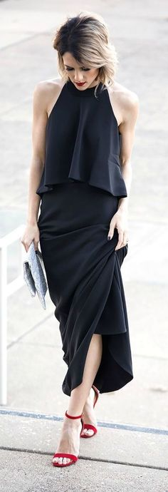 Style for over 35 ~ Black outfit with red sandals.