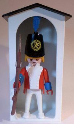 PLAYMOBIL /Garde Royale /Sentinelle et guérite /3544-A / collection vintage / sans boite et sans notice. Playmobil Sets, Lego, Shoulder Bags For School, Old Toys, The Good Old Days, Elf On The Shelf, Safari, Vintage, Barbie