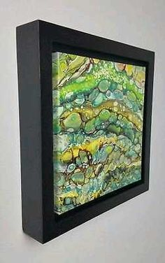 Display for smaller paintings Acrylic Pouring Techniques, Acrylic Pouring Art, Acrylic Art, Alcohol Ink Painting, Pour Painting, Frames For Canvas Paintings, Canvas Art, Art Plastique, Resin Art