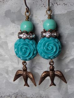 Flowers are blooming, trees are budding and the birds are singing.These sparrow #earrings are a must have for your long awaited summer months. •Rhinestones •Brass Sparrows...