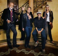 FLEETWOOD MAC NEWS: Fleetwood Mac's famously fractured family is together, including Christine McVie