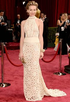 Portia de Rossi in Naeem Khan at the 2014 Academy Awards | Getty Images | blog.theknot.com