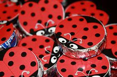 Oh my lord, Paige would love this...here and her Peppermint Patties!  Ladybug Peppermint Patty sticker for party favor (free printable)!