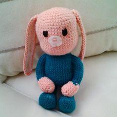 Muñeco amigurumi #conejito #DIY