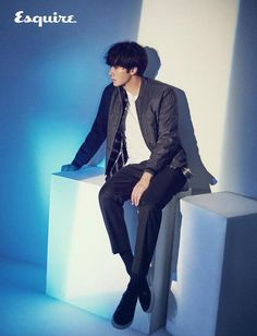 Jung Il Woo   Esquire