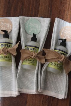 What Goes In Baby Shower Gift Bags – 5 Tips For Choosing The Right Favor Hostess thank you gift for Baby Shower Thank You Gifts, Baby Shower Gift Bags, Shower Baby, Small Thank You Gift, Baby Bags, Baby Showers, Teacher Appreciation Gifts, Teacher Gifts, Life Hacks