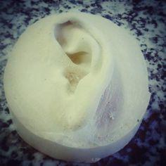 Y a la tercera fue la vencida. La semana que viene a por la pareja y mientras a buscar ideas para modelar. #ear #earprosthetic #protesis #prosthetics #prostheticsmakeup #sculpture #molde #mould #mouldmaking #molds  #modelmaking #moldeando #livecasting #escayols #escayola  #moldeescayola  #alginate #alginatodental  #effects  #practicaleffects  #specialeffects #fx #fxeffects #makeup #specialeffectsmakeup  #modulocaracterizacion #fp #fpcaracterizacion