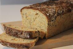 Glutenfritt formbröd med morot – Glutenfria Muminmamman Tasty, Yummy Food, Fodmap, No Bake Desserts, Bread Baking, Gluten Free Recipes, Free Food, Banana Bread, Bakery