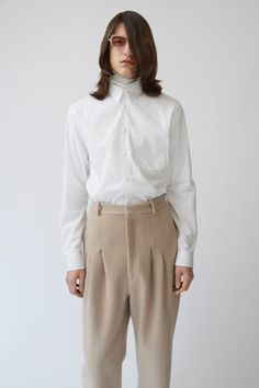 Acne Studios York Poplin optic white is a square sleeve placket business shirt in a classic cotton poplin.