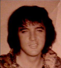 ELVIS IN THE 70'S