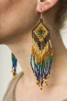 Mexican chaquira earrings. Mexican fashion.
