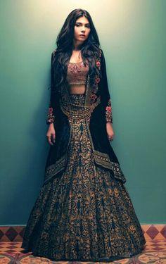 Tena Durrani Formals, F/W 2015 Desi Bridal Shaadi Indian Pakistani Wedding Mehndi Walima Lehenga / Indian Wedding Outfits, Pakistani Outfits, Indian Outfits, India Fashion, Ethnic Fashion, Asian Fashion, European Fashion, High Fashion, Western Dresses