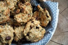 Müsliboller Snack Hacks, Bread Bun, Food Cakes, Muesli, A Food, Cake Recipes, Bakery, Brunch, Cupcakes