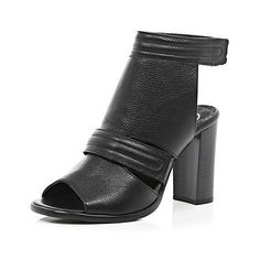 Black leather sandals - River Island