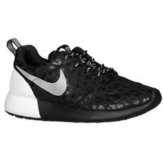 7f8833c6cb09b I want these shoes! Black Running Shoes