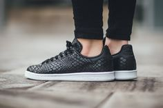 "adidas Releases a Reptilian Stan Smith ""Core Black"""
