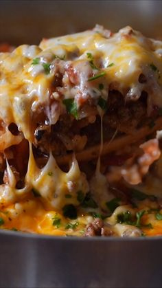 This Ground Beef Stuffed Pepper Skillet is filled with all the flavors of traditional stuffed peppers, but made in just one pan in less than 30 minutes! beef recipes for dinner main dishes Ground Beef Stuffed Pepper Skillet Easy Casserole Recipes, Easy Dinner Recipes, Skillet Recipes, Skillet Food, Easy Skillet Meals, Quick Easy Meals, Appetizer Recipes, Cooking Recipes, Healthy Recipes