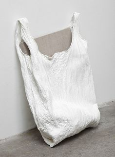 Simplicity - textured white shopper, minimal bag // Analia Saban
