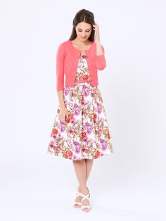 Chessie Sleeve Cardi in Coral Floral Dress Outfits, Casual Dresses, Prom Dresses, Floral Fashion, Vintage Fashion, Cardigan Design, Khaki Dress, Dresses Australia, Overall Dress