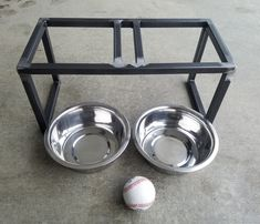 This handcrafted pet feeder elevates your pet's food/water to a more comfortable level. It features 2 removable stainless steel bowls of 2 quart capacity. Elevated Dog Feeder, Amazing Aquariums, Dog Bowl Stand, Pet Feeder, Shiro, Metalworking, Diy Stuffed Animals, Cocker Spaniel, Dog Bowls