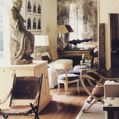 """""""INSPIRATIONAL INTERIORS: More of the perfect living room, in the LA home of Richard Shapiro, gallerist, dealer and founder of Studiolo #richardshapiro…"""""""