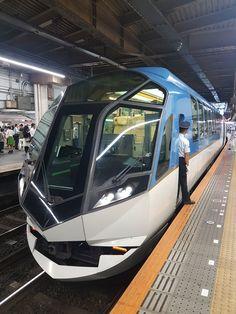 Shimakaze, Premium Express at Tsuruhashi station in Japan Japan Train, Metro Rail, Industrial Machine, Corporate Identity Design, Electric Train, Speed Training, Train Engines, Light Rail, Rolling Stock