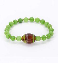 9 € Jade, Beaded Bracelets, Jewelry, Fashion, Stretch Bracelets, Crystals, Ornaments, Moda, Jewlery